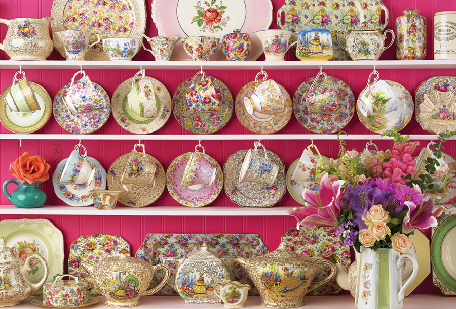 Grandmas Chintz 2000 pc puzzle Cobble Hill Puzzle Co china jigsaw